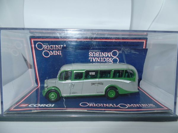 Corgi OOC 42604 Bedford OB Bus Grey Green London Transport 76 MIMB
